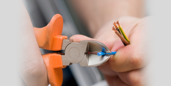 Electrician  Harlow, Essex, electric gate installer Hoddesdon, Herts.